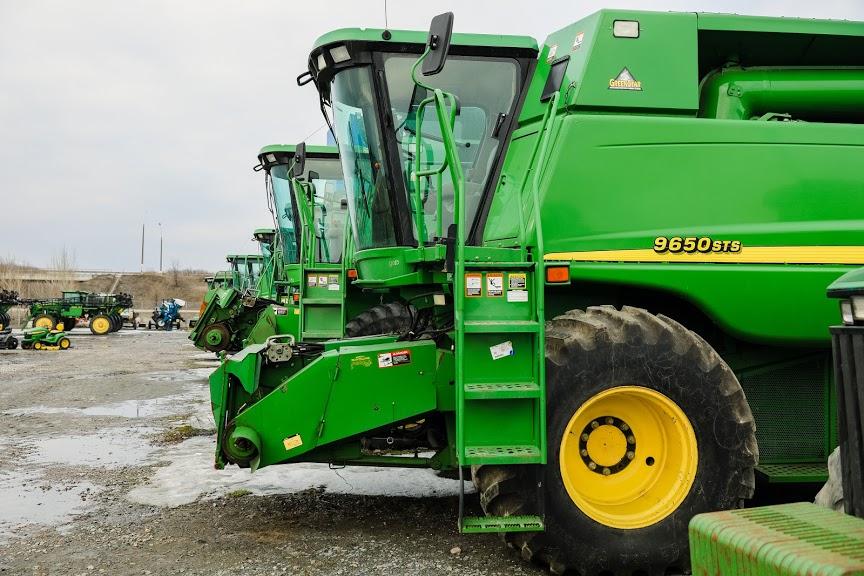 tractor.jpg (149 KB)