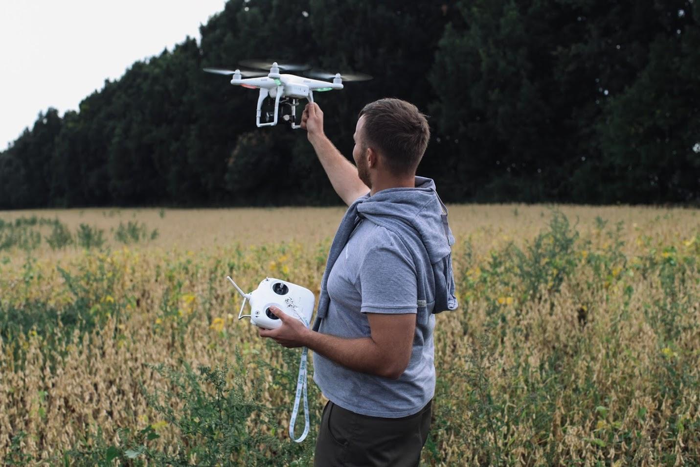dron-2.jpg (223 KB)