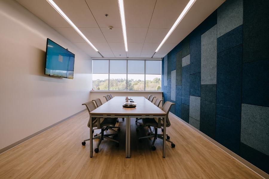 mhp_office.JPG (134 KB)