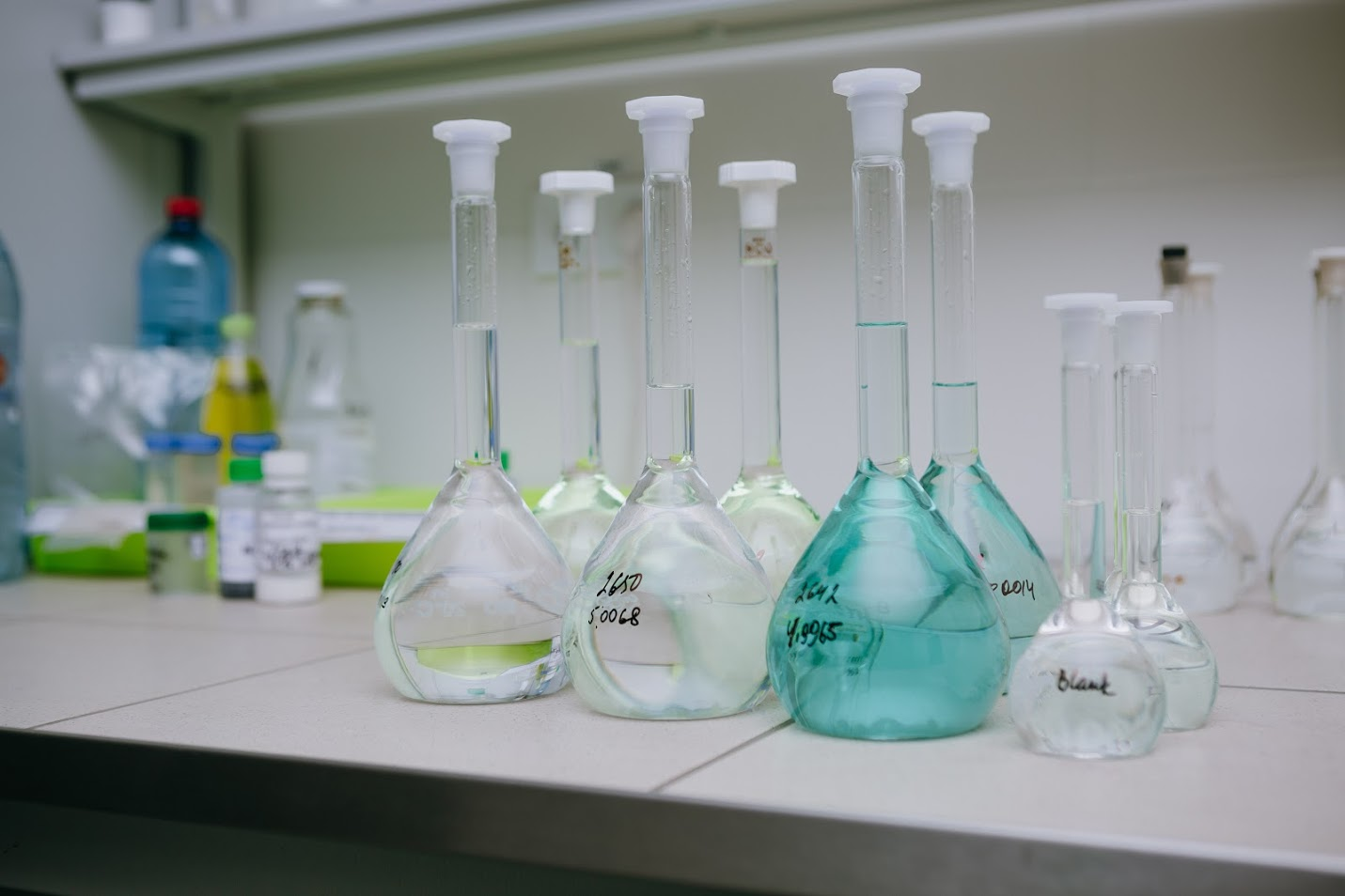 laboratory.jpg (108 KB)